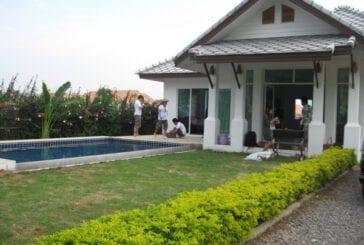 Cha-Am pool villa