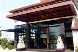 โรงแรมโบนิโตชินอส