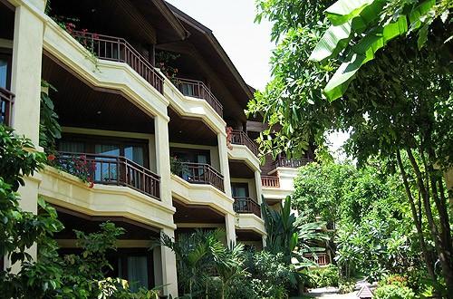 โรงแรม โนรา บีช รีสอร์ท (Nora Beach Resort & Spa)