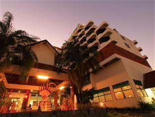 โรงแรมอัศวรรณ (Asawann Hotel)