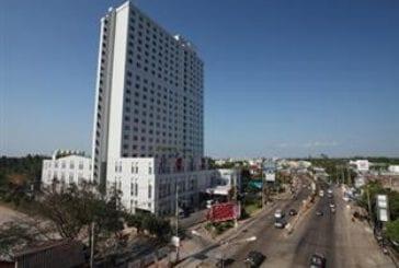 ไดมอนด์ พลาซ่า โฮเต็ล สุราษฎร์ธานี (Diamond Plaza Hotel Suratthani)