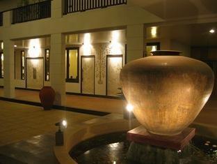 โรงแรมอนันดา มิวเซียม แกเลอรี่ (Ananda Museum Gallery Hotel)