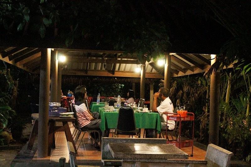 สวนอาหารครกไม้ไทย