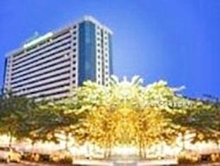 โรงแรมทวิน โลตัส (Twin Lotus Hotel)