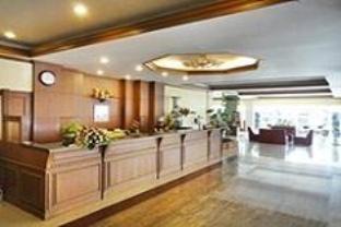 โรงแรมทักษิณ (Thaksin Hotel)