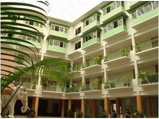 โรงแรมเทวราช (Dhevaraj Hotel)