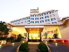 โรงแรมแกรนด์ ริเวอร์ไซด์