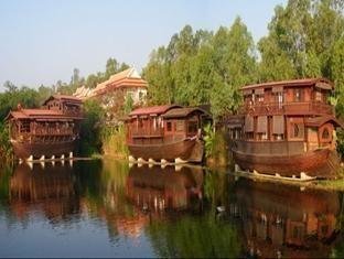 หม่อมไฉไล ริเวอร์ รีทรีท (Mom Chailai River Retreat Hotel)