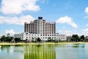 โรงแรมพลอยพาเลซ (Ploy Palace Hotel)