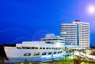 เรือรัษฎาโฮเต็ล ดิไอเดียลเวนิวฟอร์มีทติ้ง อีเวนท์ (Rua Rasada Hotel - The Ideal Venue for Meetings & Events)
